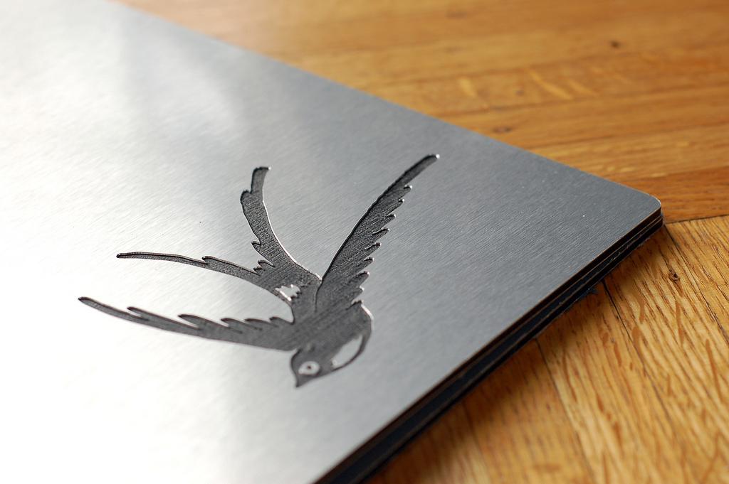 Gravare personalizata Gravare aluminiu