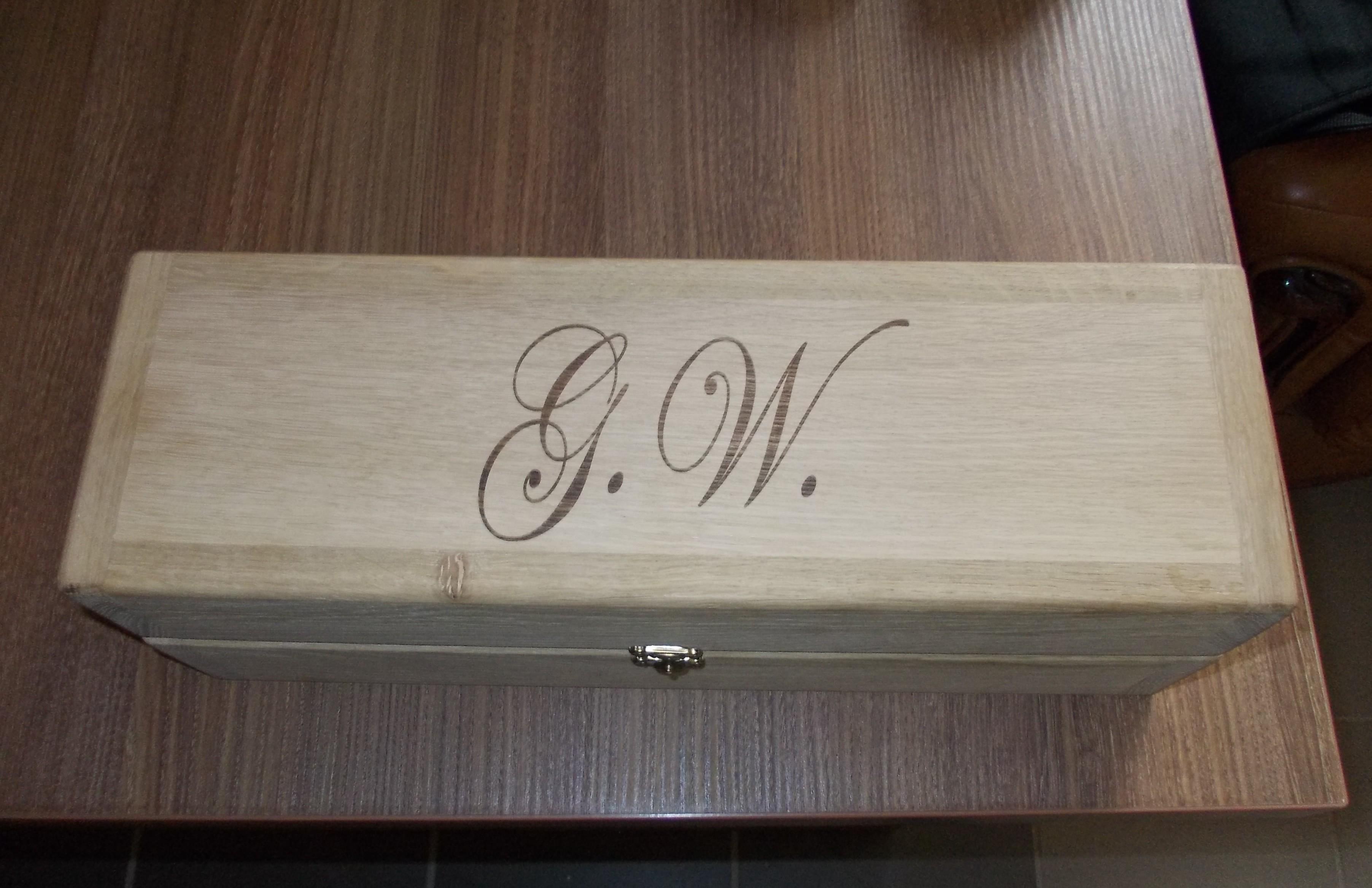 gravare cutie vin lemn stejar masiv